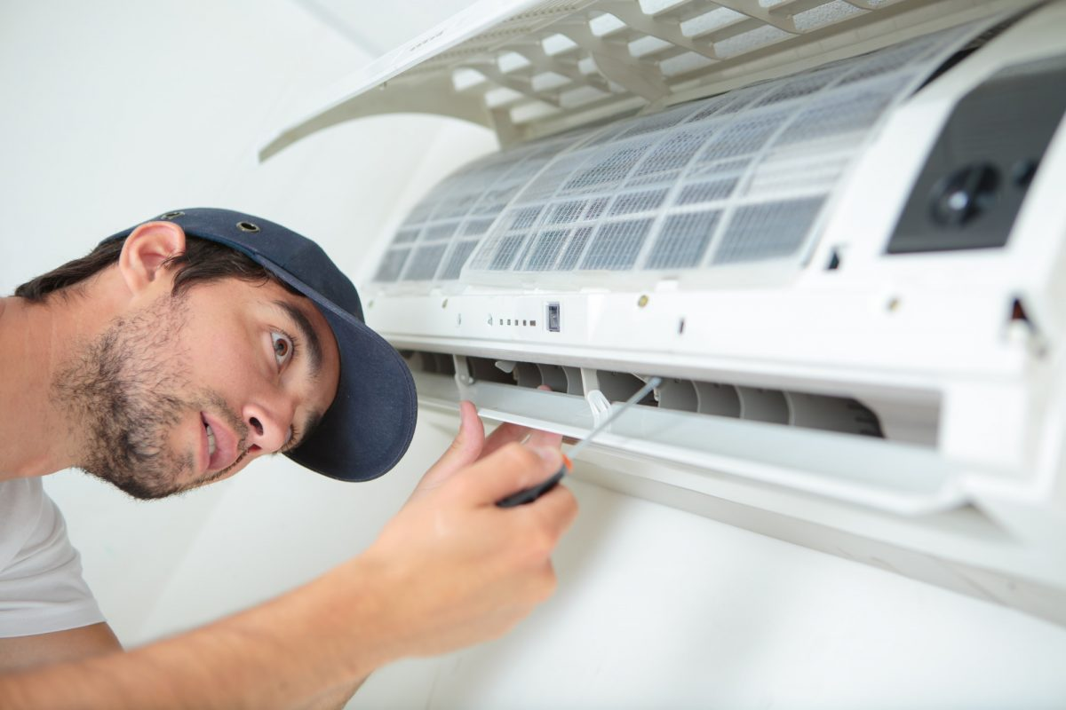 Is My Air Conditioner Broken? 7 Signs You Need an HVAC Repair